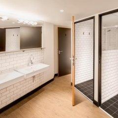 Отель Generator Paris Кровать в общем номере с двухъярусной кроватью фото 6