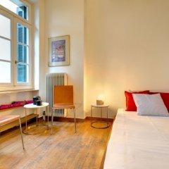 Отель Artistic neoclassical residence Греция, Афины - отзывы, цены и фото номеров - забронировать отель Artistic neoclassical residence онлайн комната для гостей фото 4