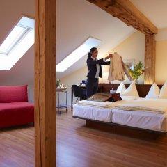 Отель Goldener Schlüssel Швейцария, Берн - 1 отзыв об отеле, цены и фото номеров - забронировать отель Goldener Schlüssel онлайн комната для гостей фото 2