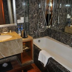 Отель Empark Grand Hotel Китай, Сиань - отзывы, цены и фото номеров - забронировать отель Empark Grand Hotel онлайн ванная