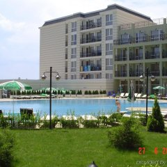 Отель Festa Pomorie Resort Болгария, Поморие - 1 отзыв об отеле, цены и фото номеров - забронировать отель Festa Pomorie Resort онлайн бассейн фото 3