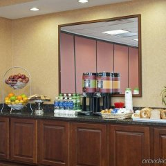 Отель Hampton Inn & Suites Columbus-Easton Area питание фото 2