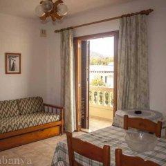 Отель Apartamentos La Cabanya комната для гостей фото 2