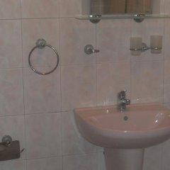 Отель Amigos - Full Board Болгария, Аврен - отзывы, цены и фото номеров - забронировать отель Amigos - Full Board онлайн ванная фото 2