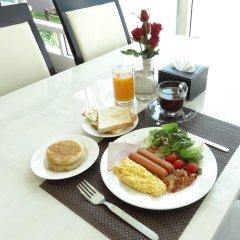 Отель Infinity Holiday Inn Бангкок в номере