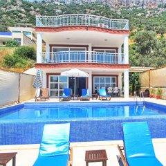 Villa Sea View by Villa Buketi Турция, Калкан - отзывы, цены и фото номеров - забронировать отель Villa Sea View by Villa Buketi онлайн бассейн