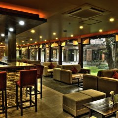 Отель Gokarna Forest Resort Непал, Катманду - отзывы, цены и фото номеров - забронировать отель Gokarna Forest Resort онлайн гостиничный бар