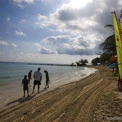 Отель Hilton Rose Hall Resort and Spa Ямайка, Монтего-Бей - отзывы, цены и фото номеров - забронировать отель Hilton Rose Hall Resort and Spa онлайн пляж фото 2