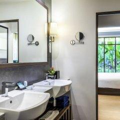 Отель Novotel Phuket Karon Beach Resort & Spa Пхукет ванная
