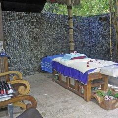 Отель Bayshore Villas Candi Dasa Индонезия, Бали - отзывы, цены и фото номеров - забронировать отель Bayshore Villas Candi Dasa онлайн питание фото 3