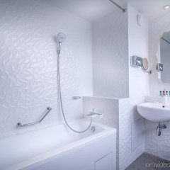 Отель Holiday Inn Gare De Lest Париж ванная