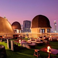 Отель Muse Bangkok Langsuan - Mgallery Collection Бангкок приотельная территория