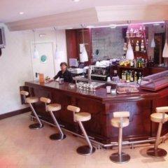 Hotel Villa De Barajas гостиничный бар