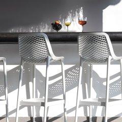 Отель Mediterranean White Остров Санторини гостиничный бар