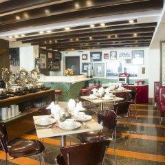 Отель Makati Crown Regency Hotel Филиппины, Макати - отзывы, цены и фото номеров - забронировать отель Makati Crown Regency Hotel онлайн питание