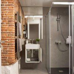 Отель Eric Vökel Boutique Apartments - Madrid Suites Испания, Мадрид - отзывы, цены и фото номеров - забронировать отель Eric Vökel Boutique Apartments - Madrid Suites онлайн ванная