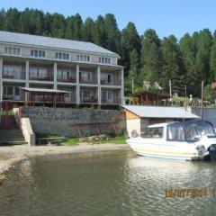 Гостиница Zhemchuzhina в Артыбаше отзывы, цены и фото номеров - забронировать гостиницу Zhemchuzhina онлайн Артыбаш приотельная территория фото 2