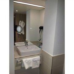 Отель Sorat Hotel Saxx Nürnberg Германия, Нюрнберг - отзывы, цены и фото номеров - забронировать отель Sorat Hotel Saxx Nürnberg онлайн ванная