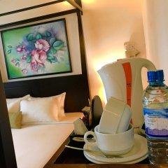Отель Lespri Grand в номере