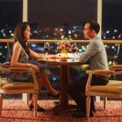 Отель Indochine Palace Вьетнам, Хюэ - отзывы, цены и фото номеров - забронировать отель Indochine Palace онлайн гостиничный бар