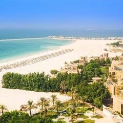Отель Hilton Al Hamra Beach & Golf Resort пляж