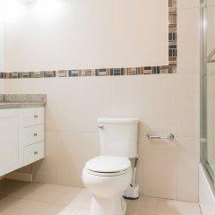Отель Eight 11 by Pro Homes Jamaica ванная фото 2
