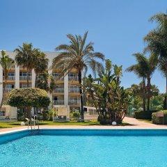 Отель Melia Marbella Banus бассейн