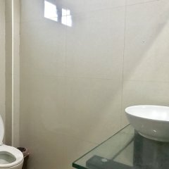 Отель Hiranyika Cafe and Bed Таиланд, Самуи - отзывы, цены и фото номеров - забронировать отель Hiranyika Cafe and Bed онлайн ванная