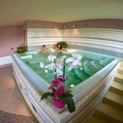 Hotel La Chance Грессан бассейн
