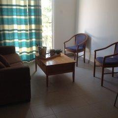 Отель Alecos Hotel Apartments Кипр, Пафос - отзывы, цены и фото номеров - забронировать отель Alecos Hotel Apartments онлайн комната для гостей фото 3