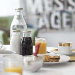 Отель Flattered to be in Porto гостиничный бар
