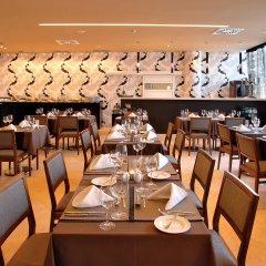 Отель Aqua Pedra Dos Bicos Design Beach Hotel - Только для взрослых Португалия, Албуфейра - отзывы, цены и фото номеров - забронировать отель Aqua Pedra Dos Bicos Design Beach Hotel - Только для взрослых онлайн питание фото 2