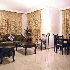 Отель Al Dyafah Furnished Apartment Иордания, Амман - отзывы, цены и фото номеров - забронировать отель Al Dyafah Furnished Apartment онлайн комната для гостей фото 2