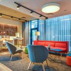 Отель Holiday Inn Prague Airport Прага гостиничный бар