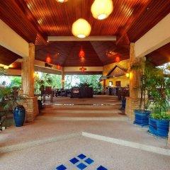 Отель Baan Hin Sai Resort & Spa интерьер отеля