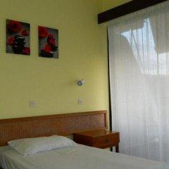 Telhinis Hotel сейф в номере
