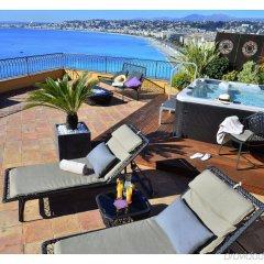 Hotel La Pérouse Nice Baie des Anges пляж