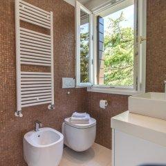 Отель Ve.N.I.Ce. Cera Ca' Belle Arti Италия, Венеция - отзывы, цены и фото номеров - забронировать отель Ve.N.I.Ce. Cera Ca' Belle Arti онлайн ванная