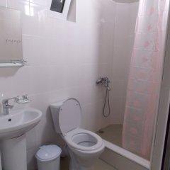 Гостиница Sandal в Сочи отзывы, цены и фото номеров - забронировать гостиницу Sandal онлайн ванная