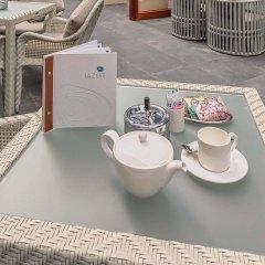 Отель Wyndham Dubai Marina Дубай в номере фото 2