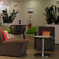 Отель ibis Styles Nice Vieux Port Франция, Ницца - 10 отзывов об отеле, цены и фото номеров - забронировать отель ibis Styles Nice Vieux Port онлайн интерьер отеля фото 2