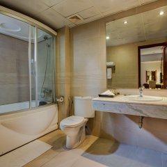 Отель Emerald Hotel Вьетнам, Ханой - отзывы, цены и фото номеров - забронировать отель Emerald Hotel онлайн ванная