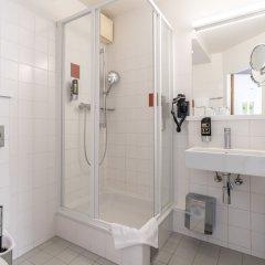Azimut Hotel Vienna Вена ванная