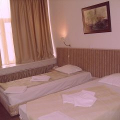 Отель Alabin Central Болгария, София - отзывы, цены и фото номеров - забронировать отель Alabin Central онлайн комната для гостей фото 5