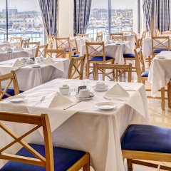 Отель The Waterfront Hotel Мальта, Гзира - отзывы, цены и фото номеров - забронировать отель The Waterfront Hotel онлайн питание