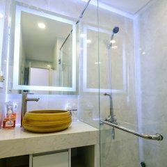 Апартаменты Sunrise Hon Chong Ocean View Apartment Нячанг ванная