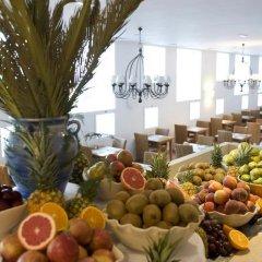 Отель FERGUS Conil Park Испания, Кониль-де-ла-Фронтера - отзывы, цены и фото номеров - забронировать отель FERGUS Conil Park онлайн питание фото 3