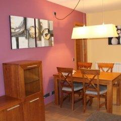 Отель Costarasa Apartamentos Альп в номере