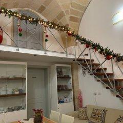 Отель Ferrante D'Aragona rooms Лечче гостиничный бар