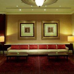 Отель Beach Rotana гостиничный бар